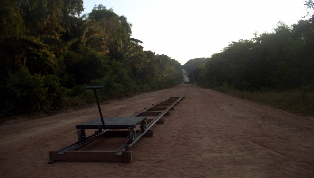 Marine Hugonnier, Travelling Amazonia (2006, 23 min, France/GB, VOSTF)
