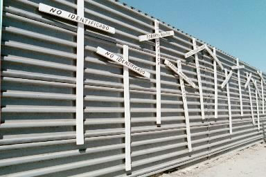 The Border Art Workshop / Taller de Arte Fronterizo - San Diego-Tijuana 1986-2000